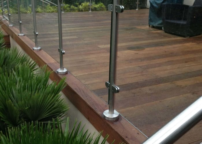 Garden Glass Balustrades 4